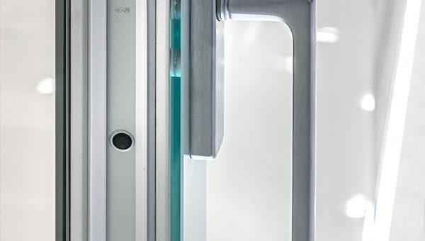 Porte finestre serramenti tutto vetro italserramenti - Porte tutto vetro ...